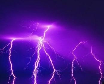 低压断路器在打雷时经常会跳闸?